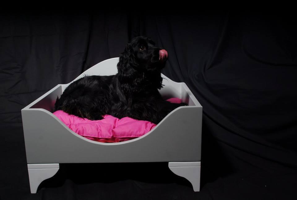 ffa541d235cf Κρεβάτι σκύλου Deluxe από ξύλο 80 x 56
